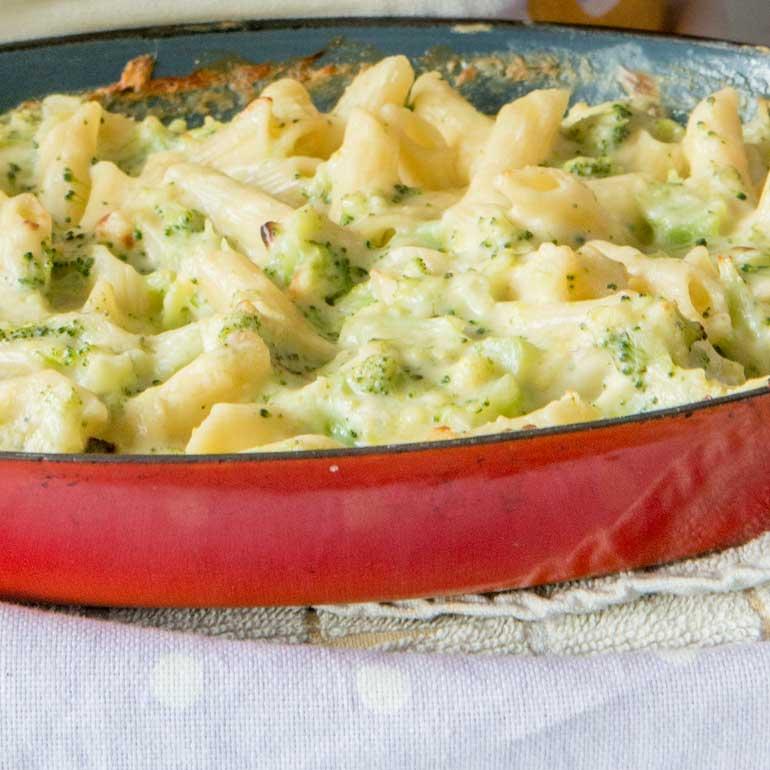 macaroni met kaas en broccoli recept - food and friends