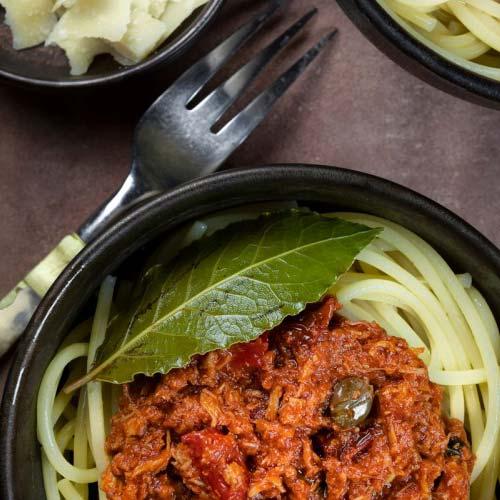 Populair Tonijnspaghetti met kappertjes en olijven recept - Food and Friends #VU88