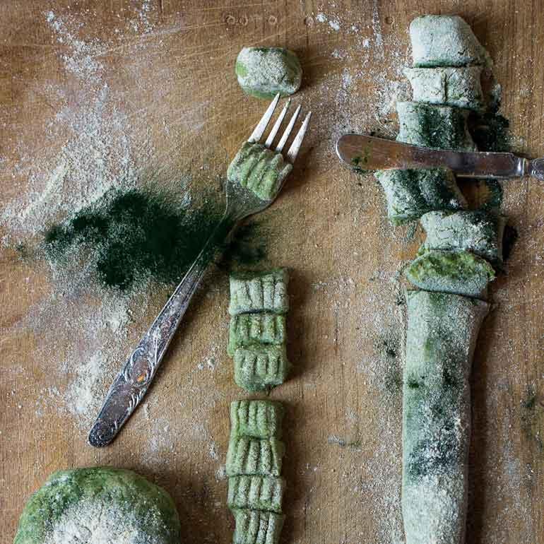 Zeewiergnocchi met spinazie roomsaus