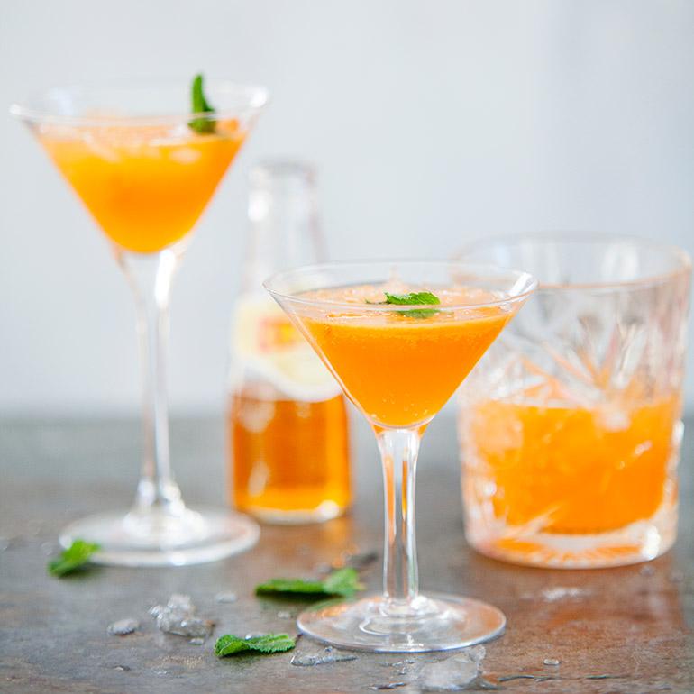 Crodino-mandarijn cocktail
