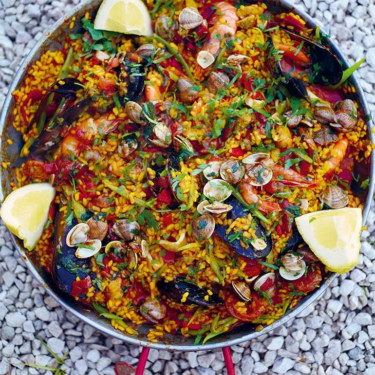 Paella Met Zeevruchten Chorizo