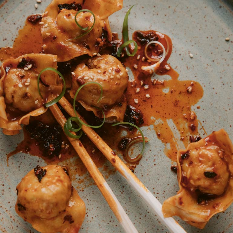 Wontons uit Szechuan met chili-olie