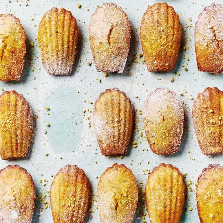 Lemon madeleines met pistache