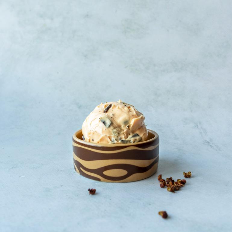 Szechuan-peper-ijs met chocolade